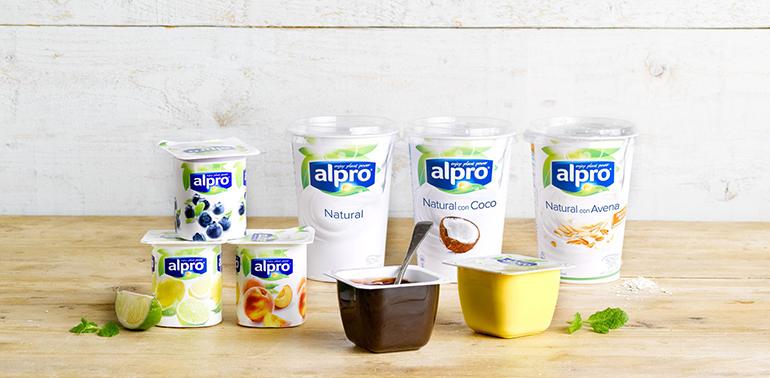 Una alternativa vegetal al yogur en varios formatos y combinaciones