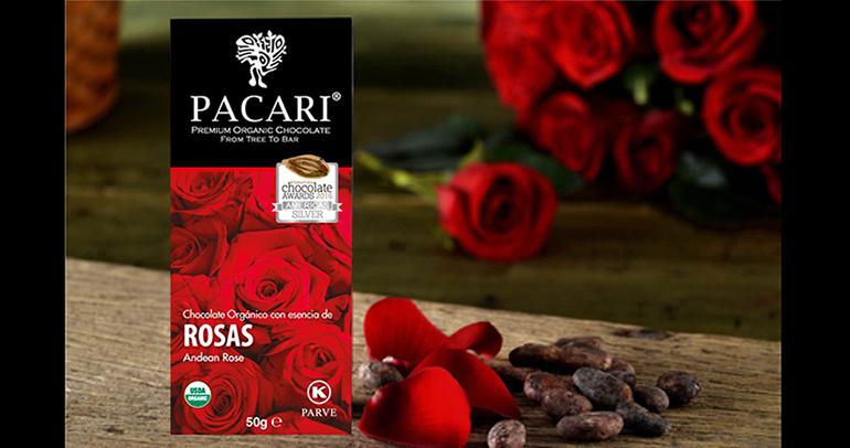 Chocolate rosa andina, con intenso aroma a cacao ecuatoriano y la delicadeza de esta flor