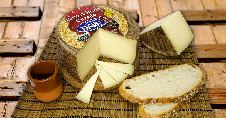 Quesos El Pastor logra cuatro medallas en los prestigiosos Global Cheese Awards