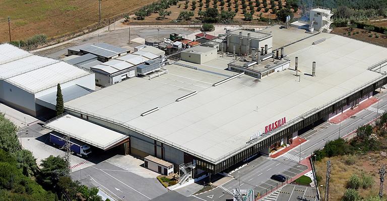 La fábrica de Nestlé en Reus instala un parque solar fotovoltaico para autoconsumo