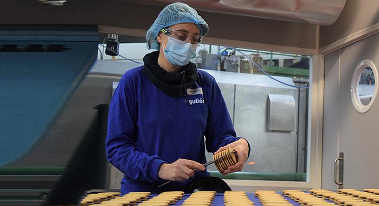 Galletas Gullón  primera compañía del sector agroalimentario en implementar el registro salarial