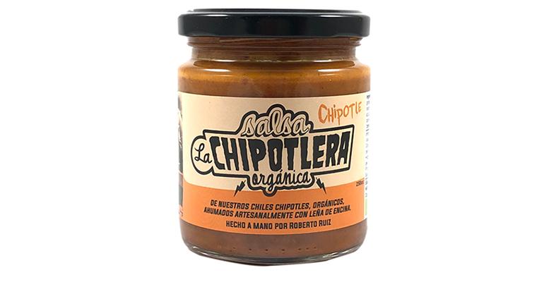 Salsa chipotlera, ecológica, artesanal y con lento ahumado en leña de encina para obtener el chile chipotle
