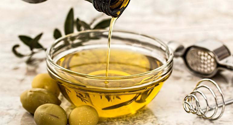Aceite de oliva, uno de los productos más controlados en la cadena alimentaria