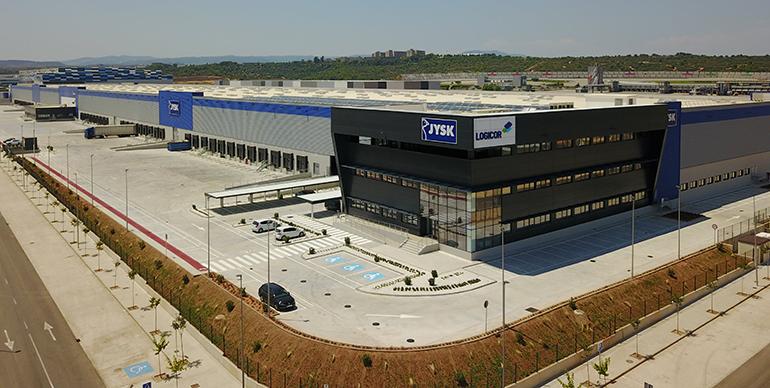 La cadena danesa JYSK estrena nuevas oficinas en Cheste