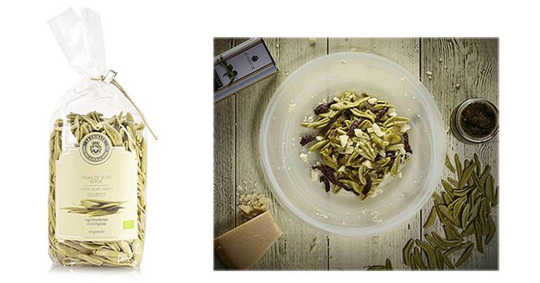 Pasta ecológica con forma de hoja de olivo para maridar con aceites condimentados y salsas