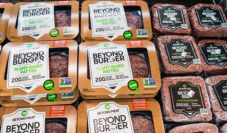La alimentación vegana triunfa: la oferta de estos productos se hace hueco en el supermercado