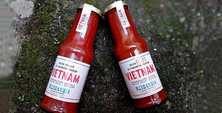 Salsa picante Vietnam con pimiento de padrón, un homenaje a los gallegos que emigraron a este país asiático